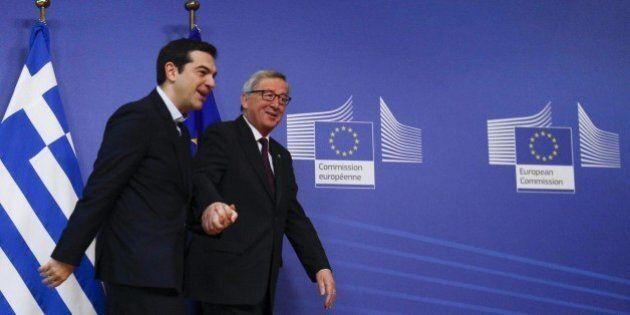 Grecia, Jean Claude Juncker prende per mano Alexis Tsipras. Ma Mario Draghi gela Atene e chiude i rubinetti...