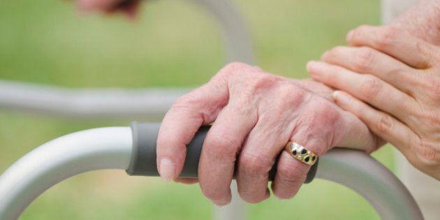Per colpa dei tagli alla sanità i disabili rimangono a casa. Dov'è la