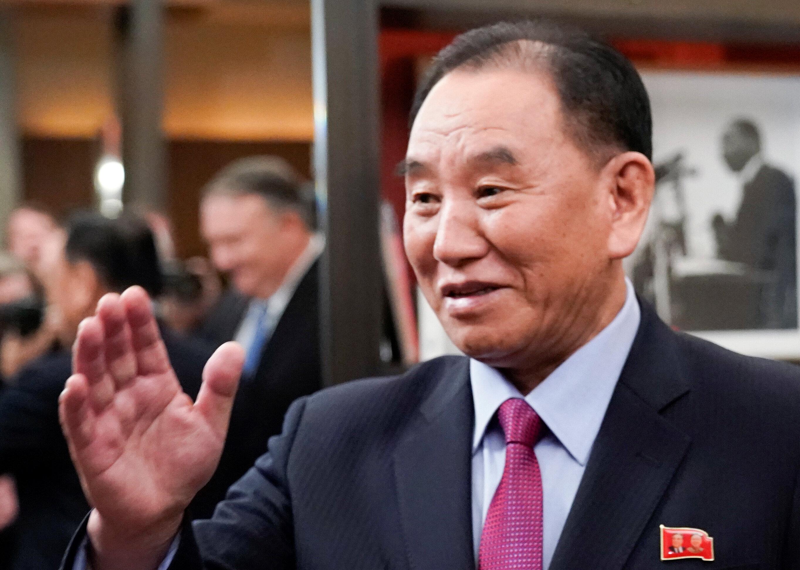 비핵화 협상 이끌던 북한 김영철 통전부장이 전격