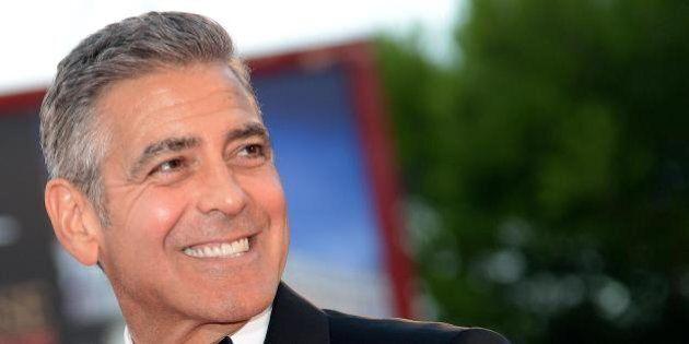 George Clooney in Downton Abbey: l'attore in una puntata dello speciale natalizio. Il ricavato in beneficenza
