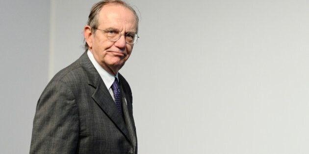 Ecofin, Pier Carlo Padoan getta le basi del piano investimenti ma Visco gela gli entusiasmi:
