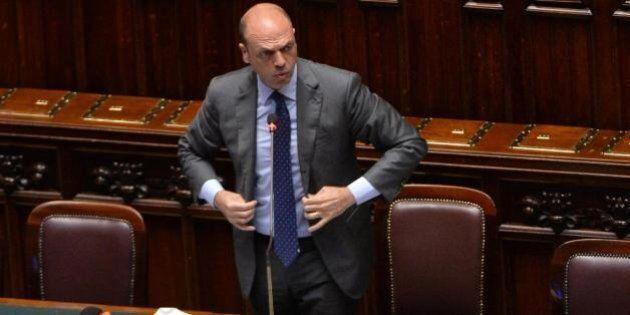Angelino Alfano tiene fuori il Viminale dalla questione Cara di