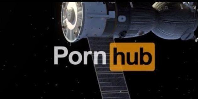 Pornhub lancia la campagna per girare il primo film porno nello spazio.