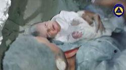 Il miracolo del neonato strappato alle macerie