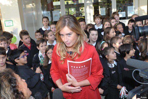 Scuola; primo giorno in quasi tutta Italia, Matteo Renzi e i ministri vanno in Aula. E Stefania Giannini...
