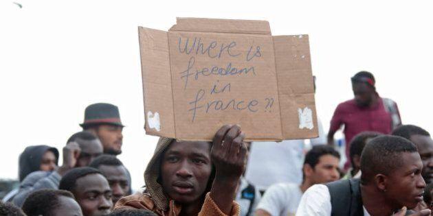 Migranti, l'Europa non si apre ma si blinda. 12 Paesi si schierano sul fronte del