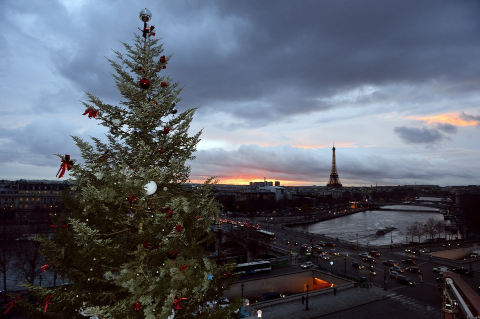 Bonne Année   <em>Caption: Picture of the Champs Elysees and the Eiffel tower taken on December 6, 2012 in Paris . (PATRICK K