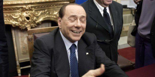 Jobs act, Forza Italia si astiene, prove tecniche di soccorso azzurro.