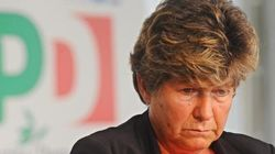 Renzi attacca Camusso per sfidare il Pd. In Senato la fronda cresce ma è