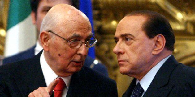 Berlusconi cede a Renzi sull'Italicum ma vuole garanzie sul dopo-Napolitano. Pure Confalonieri lo chiama:...