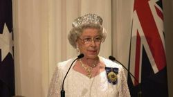 Domani la Regina sarebbe dovuta saltare in