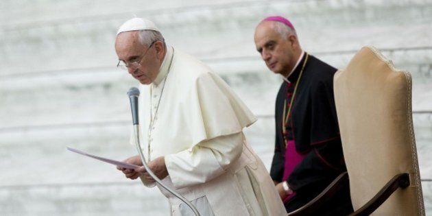 Giubileo, Rino Fisichella grande regista. Chi è l'uomo a cui il Papa ha affidato le chiavi della Porta...