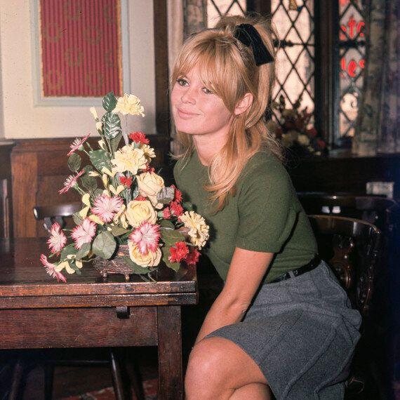 Brigitte Bardot negli scatti del fotogiornalista Ray Bellisario. Ebbero un flirt di una notte, lui lo...