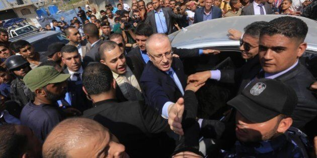 Israele-Palestina, Abu Mazen minaccia di far saltare il governo per i colloqui diretti fra Gerusalemme...