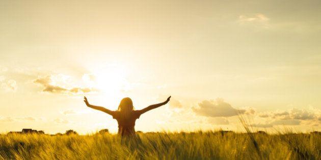 5 modi per smettere di pensare e iniziare a