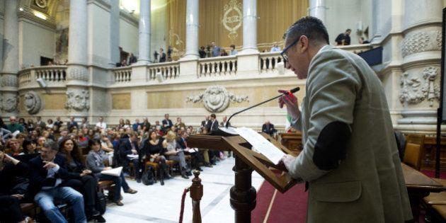 Assemblea Anm: i magistrati si compattano, congelano lo sciopero e attaccano il premier: