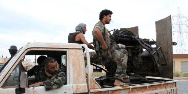 Libia: per evitare un bagno di sangue, l'Ue dovrà trattare con gli islamisti che sostengono il governo...