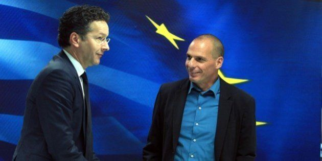Grecia, Eurogruppo Jeroen Djisselbloem avverte Atene. Bloomberg: