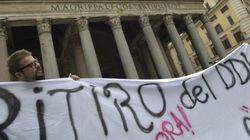 Sindacati di nuovo in piazza al Pantheon: no al ricatto di Renzi sulla