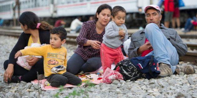Migranti. L'Ungheria prepara una barriera al confine con la Croazia. Il premier croato: