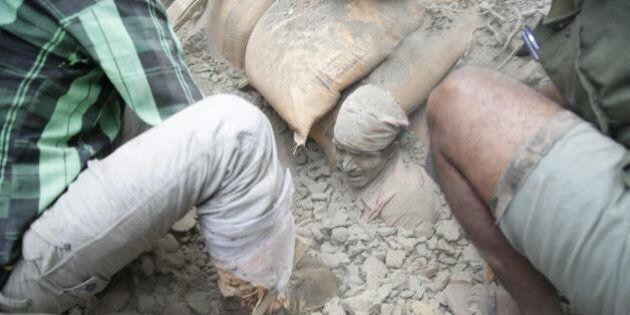 Nepal, terremoto nella valle di Kathmandu. Le immagini del disastro