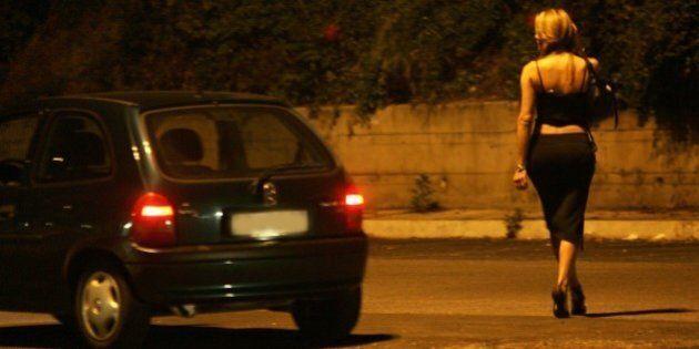 Quartiere a luci rosse a Roma? L'Avvenire boccia l'idea: