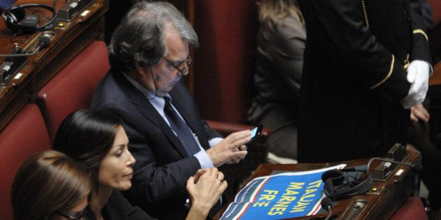 Forza Italia, il gruppo in fibrillazione: il putsch per far dimettere Brunetta riesce a metà. Berlusconi...