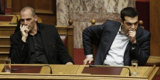 Grecia, Alexis Tsipras gioca la carta Efklidis Tsakalotos e depotenzia Yanis Varoufakis