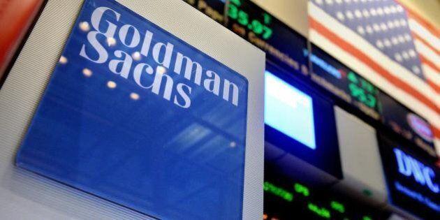 Goldman Sachs, nuove regole per gli stagisti. A casa entro mezzanotte, in ufficio non prima delle 7 e...