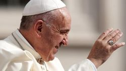 Papa Francesco in volo verso Cuba. Lo accoglierà Raul