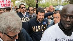 Più contestano Salvini, più lui cresce nei