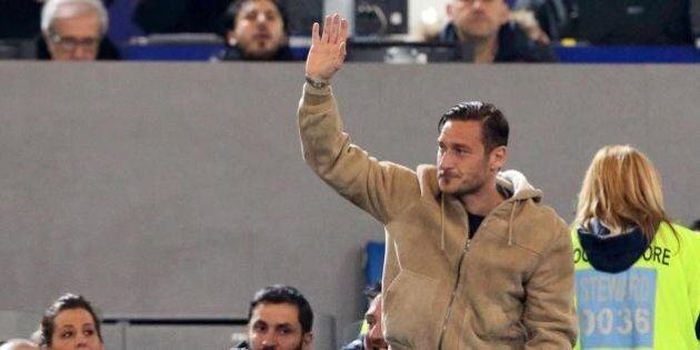 Le lacrime di Totti, la leggenda che rischia di diventare una