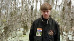 L'attentatore di Charleston fotografato con le bandiere di Sudafrica e Rhodesia