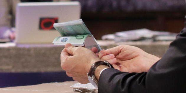 Le guerre sante tra carte di credito, spiccioli e super