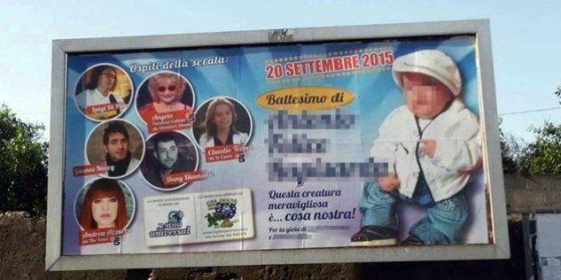 Manifesto a Paternò annuncia battesimo del figlio di un pregiudicato: