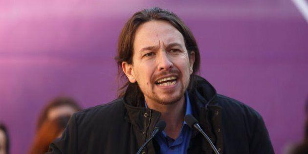 Pablo Iglesias, leader di Podemos, sospettato di frode fiscale. Lui respinge le accuse e assume Falciani...