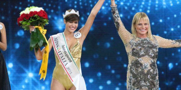 Alice Sabatini è Miss Italia 2015, reginetta di bellezza con i capelli corti (FOTO,