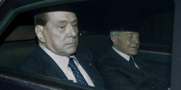 Incontro Berlusconi-Renzi, il Cavaliere entra a palazzo Chigi con l'idea di siglare un Nazareno per il