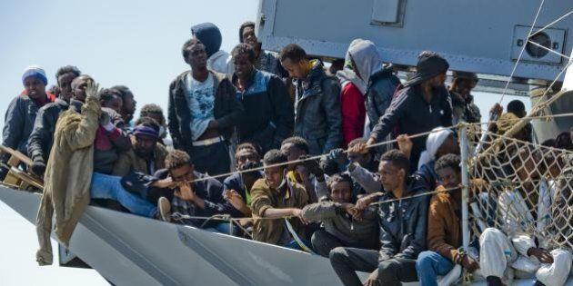 Migranti, la lettera della bambina sopravvissuta al naufragio: