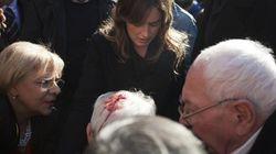 Banchetti Pd, ressa a Ercolano per Maria Elena Boschi. Anziano ferito nella calca