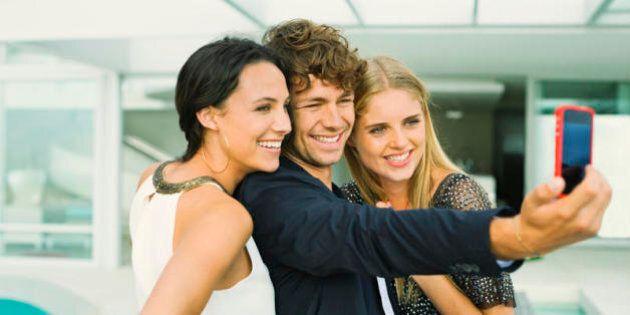 4 segreti per essere più attraente nelle foto