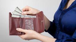 Disoccupata restituisce portafoglio con 500 euro, il proprietario le offre un