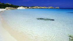 Dopo 29 anni restutuisce granelli della Spiaggia Rosa di Budelli: