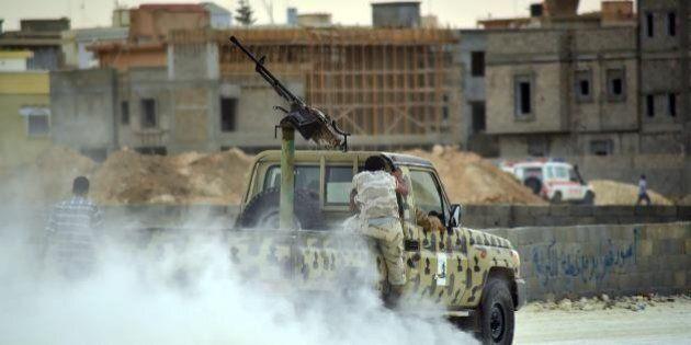 Libia, Huffington Post arabo: commando francesi schierati a Bengasi per