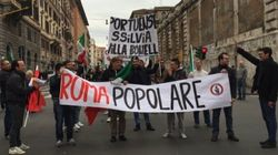Alla Marcia delle Periferie di Roma sbucano Gianni Alemanno, Casapound e Fratelli