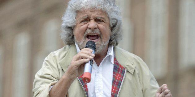 Maltempo, Beppe Grillo sul blog contro Matteo Renzi e Angelino Alfano: