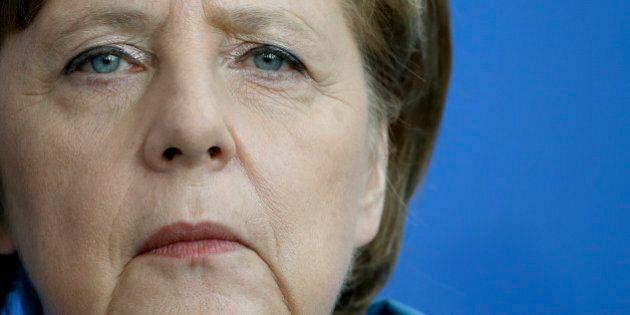 Germania, Angela Merkel nei guai per scandalo spionaggio Nsa-Bnd. Vice cancelliere Sigmar Gabriel