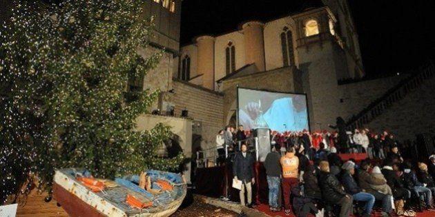 Assisi, una barca della Misericordia per attraversare il