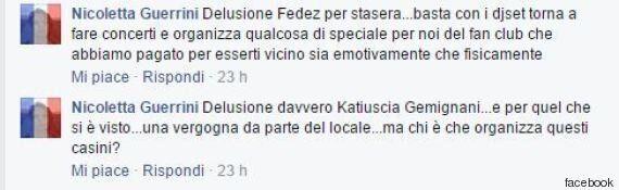 Fedez criticato dai fan per aver cantato in playback a un concerto. Lui si difende: