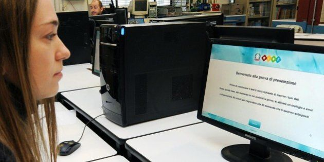 Scuola: concorso per le assunzioni, il bando spostato da ottobre a dicembre